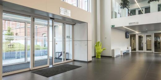 Carrelages pour hôpitaux, cliniques, centres médicaux, maisons de repos - Belgique