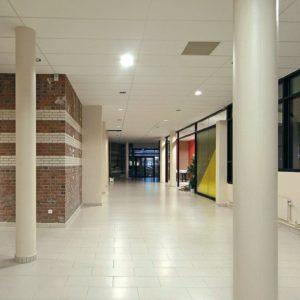 Carrelages pour collectivités, écoles, crèches, espaces culturels, centres sportifs, bâtiments publics