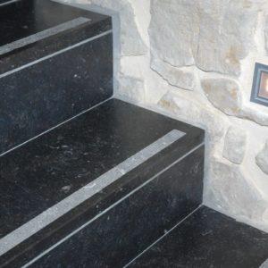 Les dalles et pavés en pierre bleue belge